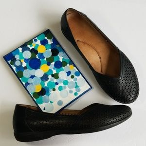 Dansko Black Flat Shoes